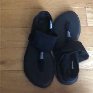 Sanuk Womens Size 9 Black Sandals